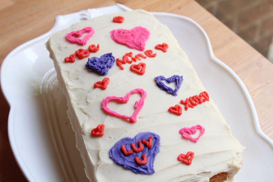 کیک ولنتاین با همزن کاسه دار مولینکس