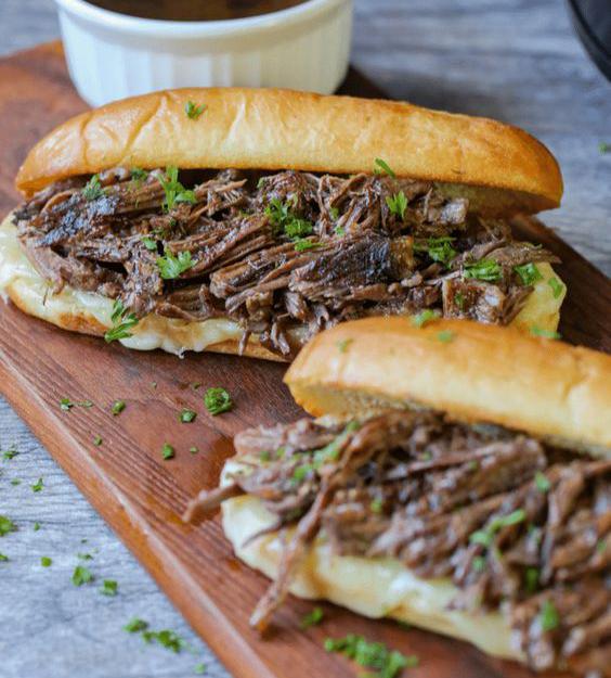 ساندویچ رست بیف با غذاساز مولینکس