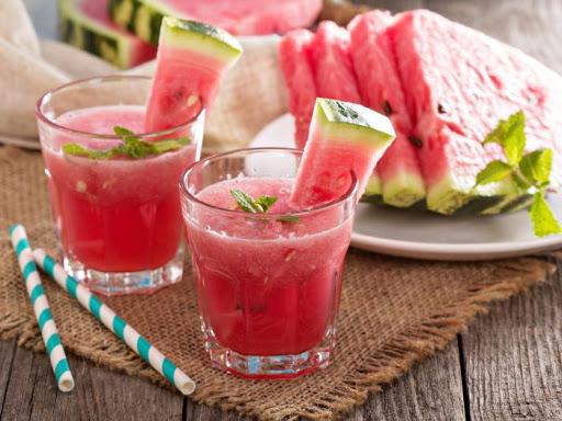 در ماه رمضان آب هندوانه بخورید
