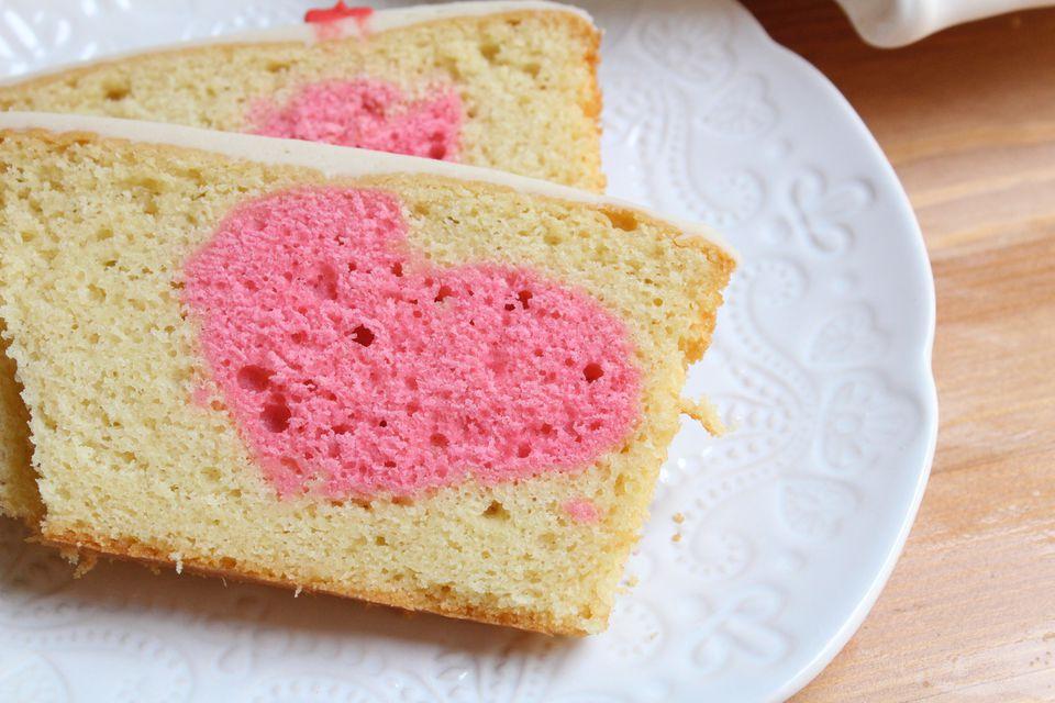 ظاهر شدن قلب درون کیک